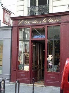 Le Loire Dans la Théière:   3 Rue des Rosiers  75004 Paris, France  01 42 72 90 61  Must go to for brunch