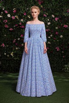 Платье «Аксинья» голубое — 19 990 рублей