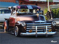 www.layitlow.com Old Pickup Trucks, Hot Rod Trucks, Gm Trucks, Cool Trucks, Lowrider Model Cars, Lowrider Trucks, Custom Trucks, Custom Cars, Pick Up