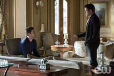 """Arrow -- """"Betrayal"""" -- Image AR113a_0365b -- Pictured (L-R): Stephen Amell as Oliver Queen and Colin Donnell as Tommy -- Photo: Jack Rowand/The CW -- © 2013 The CW Network. All Rights Reserved"""