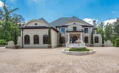 Entrance Motor Court, Mediterranean mansion in Acworth, Georgia
