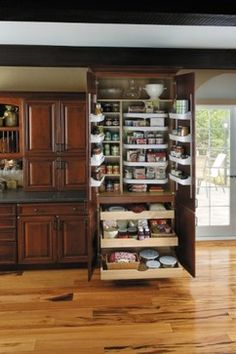 Fieldstone, where Form meets Function traditional-kitchen Kitchen Cabinets Design Layout, Best Kitchen Cabinets, Kitchen Redo, Kitchen Pantry, Interior Design Kitchen, Kitchen Ideas, Pantry Ideas, Wood Cabinets, Pantry Cabinets
