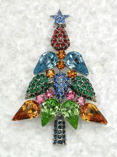 GORGEOUS MULTICOLORS RHINESTONE CRYSTAL CHRISTMAS TREE PIN BROOCH