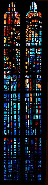 modern stained glass | France zone at abelard.org