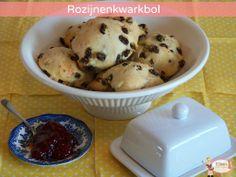 Rozijnen kwarkbol Muffin, Ice Cream, Breakfast, Desserts, Food, No Churn Ice Cream, Morning Coffee, Gelato, Deserts