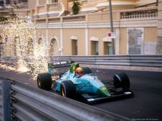 Maurício Gugelmin climbing up Beau Rivage at the Monaco Grand Prix aboard the beautiful Leyton House, designed by Gustav Brunner. Aston Martin, Le Mans, Bristol, Monaco Grand Prix, Race Engines, Formula 1 Car, Fast Times, F1 Racing, Car And Driver