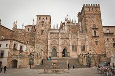 Monasterio de Nuestra Señora de Guadalupe, primera etapa de un recorrido por Cáceres