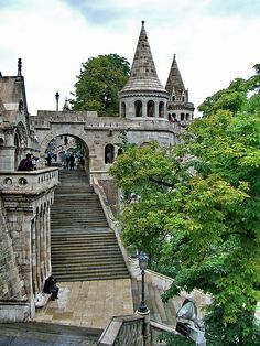 Varhegy (Castle Hill), Budapest, Hungary.  Photo: youngrobv, via Flickr