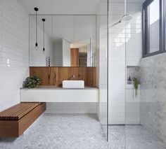 Bathroom goals 💭 Double tap ♥️ if you love the subway tiles, feature timber and hexagonal floor tiles in this stylish bathroom…