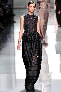 #moda Photos and comments to know the collection, the outfits and accessories by Christian Dior presented for Fall Winter 2012-13