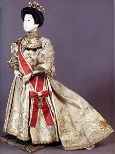 "Japanese isho-ningyo depicting the Empress Haruko, 18"" High, by Maruhei Okiheizo, Meiji Era, Late 19th Century"