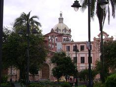 """Parque """"San Blas"""" - Cuenca, Ecuador"""