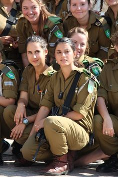 so cute n loved Related pixels:Fortnite Female Soldier Cosplay Costume Female Cop, Female Fighter, Female Soldier, Idf Women, Military Women, Mädchen In Uniform, Women In Combat, Israeli Girls, Army Police