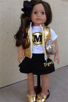 Waayyyy cute personalized american girl mizzou outfit!
