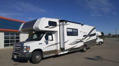 2012 Coachmen Leprechaun 320BH for sale  - Bolton, ON | RVT.com Classifieds