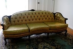 Pretty Couch Vintage Couch For The Home Antique