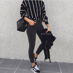 How to style vans sneakers – Just Trendy Girls school hijab How to style vans sneakers Mode Outfits, Trendy Outfits, Fashion Outfits, Dress Fashion, Vans Fashion, School Outfits, Cute Fashion, Look Fashion, Fashion Black