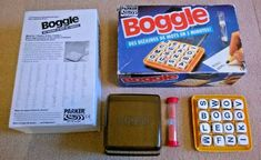 French version with photocopied English rules. Box a little bit bumped / rubbed / marked and has been painted inside. Yahtzee Game, Dice Games, Word Games, Parker Games, Letter Games, Vintage Board Games, Boggle, Menu, Strategy Games