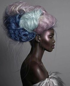 african beauty The relationship between Afrofuturism, Slavery and Cultural alienation of Africans in the diaspora and how the interruption to Black Identity can be bridged Beautiful Black Women, Beautiful People, Foto Portrait, Pelo Natural, Afro Punk, African Beauty, African Art, Hair Art, Belle Photo