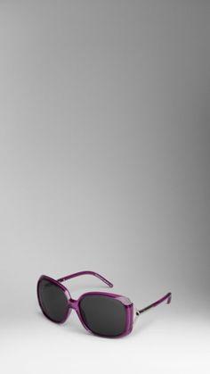burberry oversize tubular sunglasses.