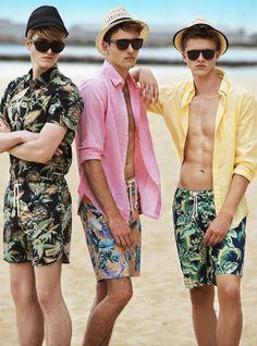 Louka Taffin, Zach McPherson Charlie Alexander are Ready for Summer with FashionTrend Australia Men Fashion Show, Mens Fashion Suits, Look Fashion, Fashion Trends, Moda Australiana, Streetwear, Tropical Outfit, Mens Fashion Sweaters, Men Beach