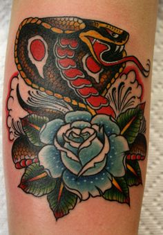 would like a similar one on my other foot but with a rattlesnake...