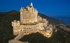 The Castle Hotel in Dalian, China Inspired by Neuschwanstein and other fairy tale-like structures, the latest Bavarian-style castle has opened not in Germany but in the city of Dalian in northeast China.