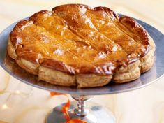 Galette des rois de ma grand-mère - Recettes Desserts Français, French Desserts, Apple Pie, Biscuits, Bakery, Deserts, Food And Drink, Cooking Recipes, Sweets