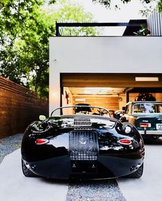 Speedster 📣 sounds good but extra cooling 💨 sounds even better😎👍 1956 Porsche 356 Speedster Air🆒💨 rules🤘 Tag❗️ 😮 I am… Porsche 911 Targa, Porsche Autos, Porsche 356 Speedster, Porsche 550, Porsche Cars, Cafe Racing, Bmw Classic Cars, Mexico City, Old Cars