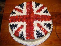 British flag cake >i want my birthday cake to be like this. so imma gonna bake one instead British Cake, British Party, Union Jack Cake, Toadstool Cake, London Party, Flag Cake, Berry Cake, Cool Birthday Cakes, Birthday Ideas