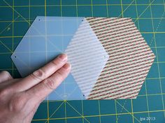How to use Honeycombs for English Paper Piecing « modafabrics