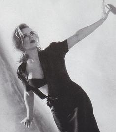 What a hottie ~ Kim Wilde ! Tamara Lee, Kirsty Maccoll, Kim Wilde, Pat Benatar, 90s Girl, Stars Then And Now, Idole, Famous Girls, Tv Presenters