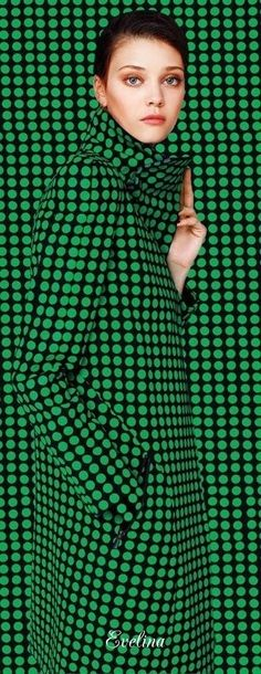 POLKA DOTS~GREEN COAT