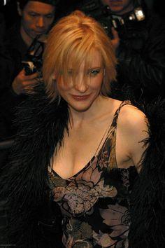 Empire Magazine Awards - February 6th, 2003 - 046 - Cate Blanchett Fan | Cate Blanchett Gallery