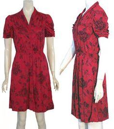 Vintage 1970s Ruched Rose Print Dress | NeldasVintageClothing - Clothing on ArtFire