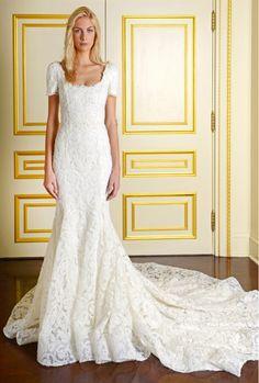 Elegant and form fitting lace sleeved wedding dress. // Marchesa Bridal Fall 2015