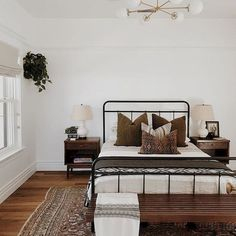 Bohemian rustic cozy master bedroom ideas to get you inspir Boho Master Bedroom. Bohemian rustic cozy master bedroom ideas to get you inspir Farmhouse Bedroom Furniture, Bedroom Furniture Design, Home Decor Bedroom, Bedroom Ideas, Bedroom Inspo, Bedroom Designs, Brown Bedroom Decor, Farmhouse Decor, Bedroom Inspiration
