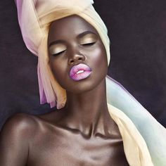 """rudegyalchina: """" accras: """" samanta-m: """" i'm so in love with, this is beyond everything! """" Sheer melanin """" On God """" Gold My Black Is Beautiful, How To Feel Beautiful, Absolutely Gorgeous, African Beauty, African Women, African Art, Black Women Art, Black Girls, Beauty Skin"""