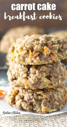 This easy oatmeal breakfast cookie recipe… Healthy carrot cake breakfast cookies! This easy oatmeal breakfast cookie recipe makes soft breakfast cookies that are full of carrot, apple, spices and oats. Oatmeal Breakfast Cookies, Breakfast Cookie Recipe, Healthy Breakfast Recipes, Brunch Recipes, Gourmet Recipes, Cooking Recipes, Healthy Recipes, Cake Recipes, Breakfast Cake