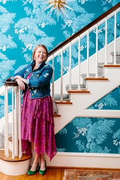 THE REAL RALEIGH : JULIA KERR Foyer Wallpaper, Wallpaper Ideas, Patterned Lampshades, Granny Chic, Shop Interior Design, Cocktail Napkins, Tile Patterns, Staircases, Hallways