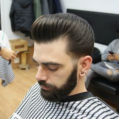 """Receive wonderful recommendations on """"mens hairstyles They are actually accessible for you on our site. Mens Hairstyles 2018, Slick Hairstyles, Haircuts For Men, Short Hair Cuts, Short Hair Styles, Slicked Back Hair, Hair 2018, Beard No Mustache, Pompadour"""
