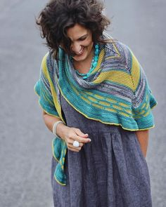 Wanna see my new shawl and my new dress! What do you reckon? Such a great combo - Im in love! I released #flounceshawl today - shes sassy and fun and knitted in gloriously soft primo fingering from @pluckyknitter. You can grab her with a discount all weekend! Use the code FLOUNCE (mini-mag peeps - dont forget to check your inboxes for your special code ) . . . #knittersofinstagram #knitting_inspiration #knitters #knittinglove #instaknits #igknitters #loveknitting #knittersoftheworld #ravelry…
