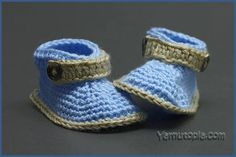 Little Gentleman Baby Booties | You'll want to make these adorable booties for an upcoming baby shower!