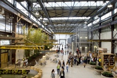 Very cool work environment: URBAN OUTFITTERS CORPORATE CAMPUS. In Philadelphia's Navy Yard!