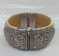 ANTIQUE STERLING SILVER & iVORY HINGED BANGLE BRACELET FROM INDIA