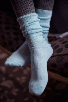 ca6d164f383 Ladies 1 Pair SockShop of London 100% Cashmere Bed Socks