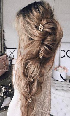 50 Long Wedding Hairstyles from 5 Best Instagram Hairstylists | Deer Pearl Flowers / http://www.deerpearlflowers.com/long-wedding-hairstyles-from-instagram-hair-gurus/