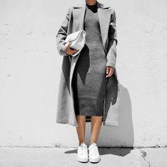"@ch.phraph na Instagramu: ""@mossmanclothing's knit dress and @windsorsmith's kicks. ➰ #mossmanclothing #windsorsmith #bnkrlove"""