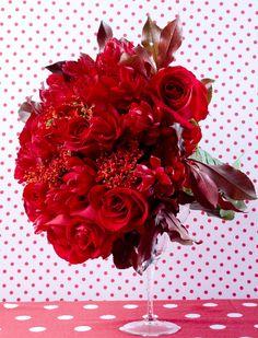 Noiva - Buquê - Paixão em vermelho - Figurino Noivas - O melhor site de casamento