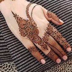 Henna Hand Designs, Simple Mehndi Designs Fingers, Finger Mehendi Designs, Floral Henna Designs, Latest Bridal Mehndi Designs, Mehndi Designs 2018, Mehndi Designs For Beginners, Mehndi Designs For Girls, Mehndi Design Photos